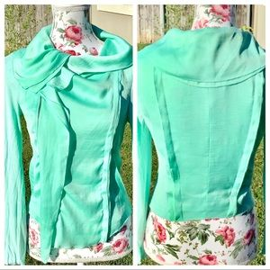 BCBG MAXAZRIA Zip Up Blouse Midriff Crop Mint Gree